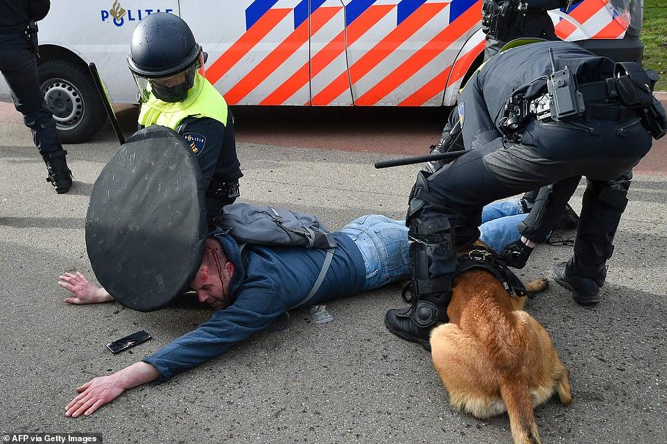 dutch police 2