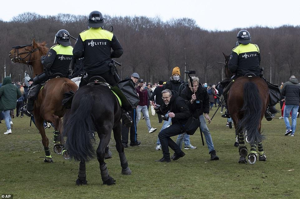 dutch police 7