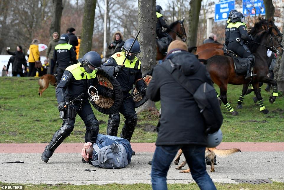 dutch police1